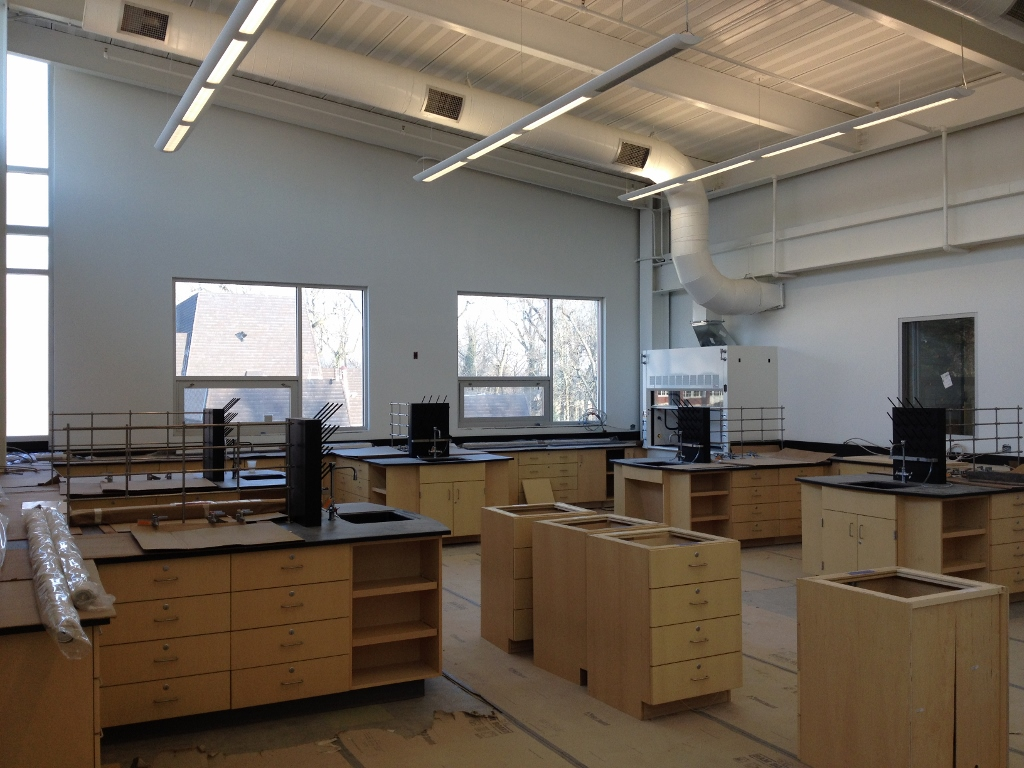 Laboratory Classrooms with Hoods and Gasses